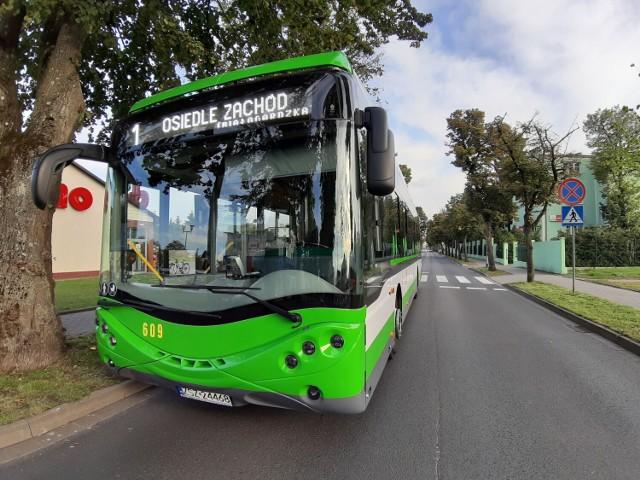 """Autobusy ze Szczecinka mają dziś """"dziurawy"""" rozkład jazdy"""