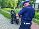 Wypadek w Rusocinie. Motocyklista zderzył się z  rowerzystką. Kobieta trafiła do szpitala