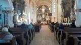 Koronawirus. Znoszenie obostrzeń w kościołach. Koniec z dyspensą od uczestnictwa w niedzielnej mszy świętej