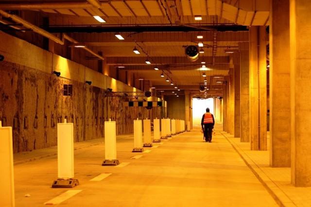 Tunel pod Dworcem PKP i Galerią Katowicką