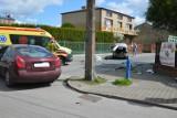 Wypadek na skrzyżowaniu Ogrodowej i Długiej w Skierniewicach. Świadek zdarzenia omal nie zginął