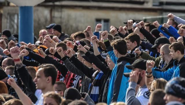 Zawisza Bydgoszcz pokonał Naprzód Jabłnowo Pomorskie 2:1 w meczu I grupy V ligi. Obie bramki dla zawiszan strzelił Patryk Straszewski, a dla gości trafił Wołodymyr Gołowotenko. Oto zdjęcia z meczu oraz kibiców