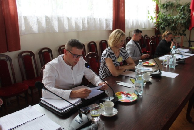 Oświadczenia majątkowe za 2019 burmistrza i radnych Radziejowa