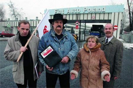 Związkowcy Marian Sienkowski, Rajmund Pollak, Wanda Stróżyk i Jan Leszczawski twierdzą, że nie zrezygnują ze swoich postulatów. Lucjusz Cykarski