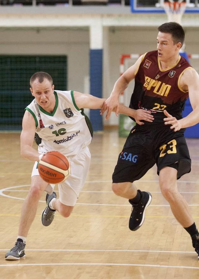 Przemysław Tradecki (nr 16) w barwach UMCS Lublin.