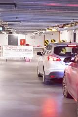 Nowe centrum testowe COVID-19 drive-thru przy Muzeum II Wojny Światowej. Aplikacja ma pomóc uniknąć kolejek