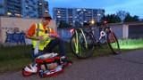 """Konrad Wenganowski z Włocławka zorganizował rowerowe """"patrole medyczne"""". Na czym polega jego działalność?"""