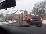 Paralotnia widmo nad Międzyrzeczem?! Skąd w środku zimy nad centrum miasta i wozami strażackimi wzięła się tajemnicza machina
