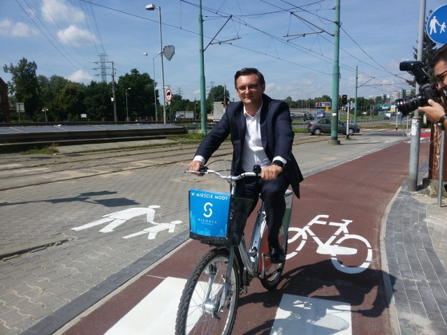 Nowa ścieżka rowerowa wzdłuż Chorzowskiej w Katowicach