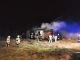 Gmina Kamieńsk. Pożar pustostanu w miejscowości Podjezioro, ktoś zaprószył ogień