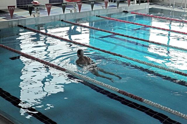 Kryte pływalnie otwarte od 15 czerwca. Na ich terenie obowiązywać będą nowe zasady