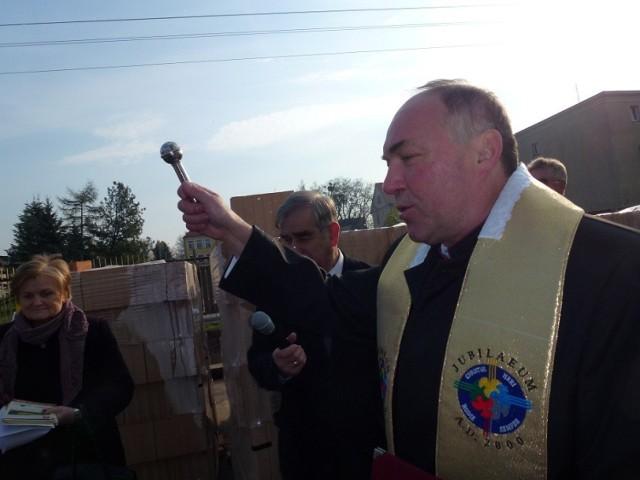 Ksiądz Brucki honorowym obywatelem miasta