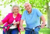 Aktywny senior to szczęśliwy, zdrowszy człowiek. Warto ćwiczyć. Sposoby na zdrowsze życie i energię. Porady dla seniorów