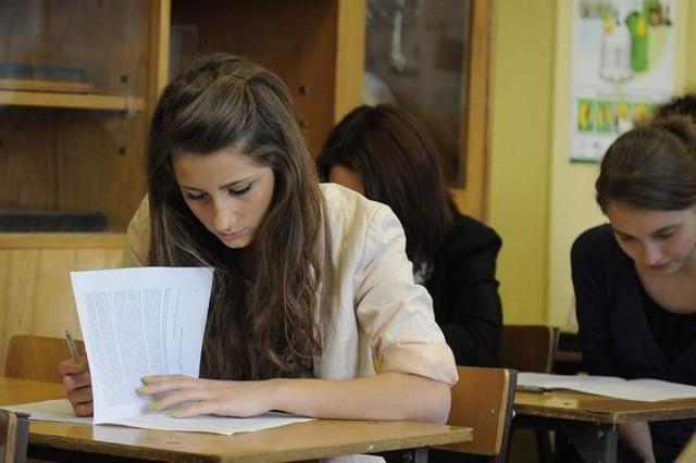 15 maja o godz. 9 maturzyści napiszą egzamin maturalny z ...