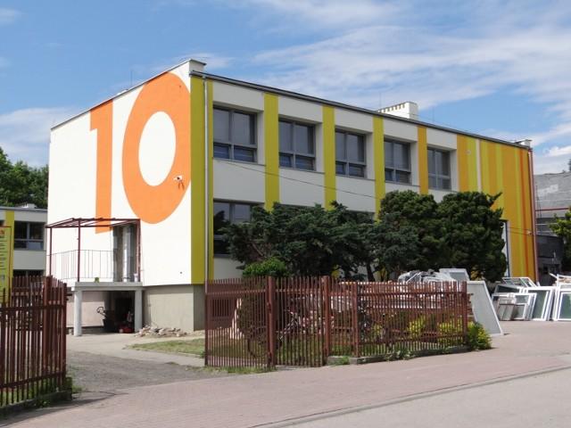 Trwa termomodernizacja PSP 10 w Radomsku
