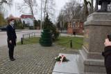 11 lat po katastrofie smoleńskiej. Obchody w Szczecinku [zdjęcia]