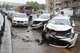 Wypadek na Jedności Narodowej. Trzy auta rozbite, dwie osoby ranne! [ZDJĘCIA]