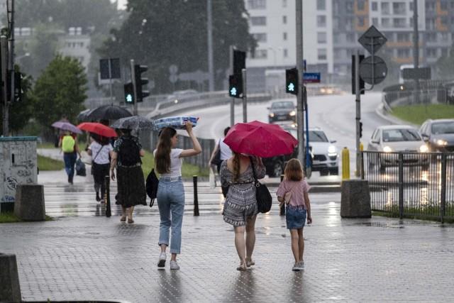 Warszawa. Zapowiada się chłodny i deszczowy tydzień