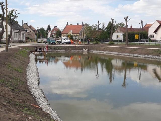 Trwa renowacja stawów w Szczańcu