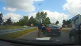 Drogowy szeryf zablokował jezdnię w Katowicach i doprowadził do kolizji
