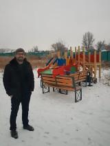Ks. Szymon z Lipna buduje w Kazachstanie boisko dla dzieci