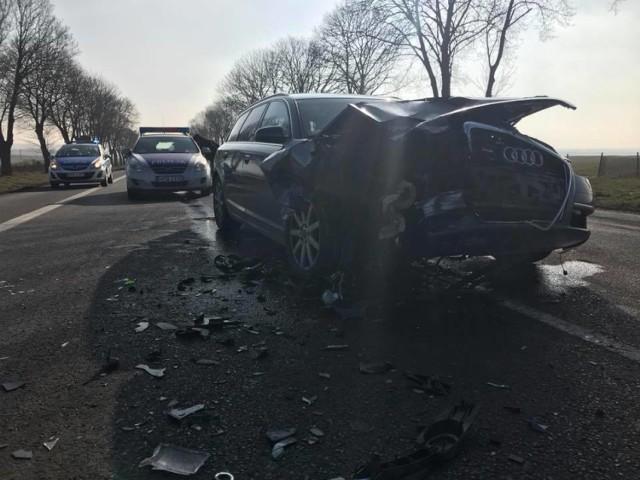 Uwaga kierowcy. Wypadek na krajowej 3 między Kołbuczynem a Gaworzycami.