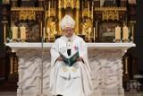 """""""My zderzamy się z grzechem - ciężkim i skrywanym, dramatycznie uderzającym w dzieci i młodzież"""". Arcybiskup Ryś pisze do wiernych"""