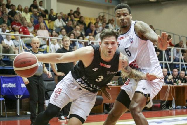 Koszykarze Grupa Sierleccy Czarni Słupsk w pierwszym meczu o punkty powalczą w Radomiu