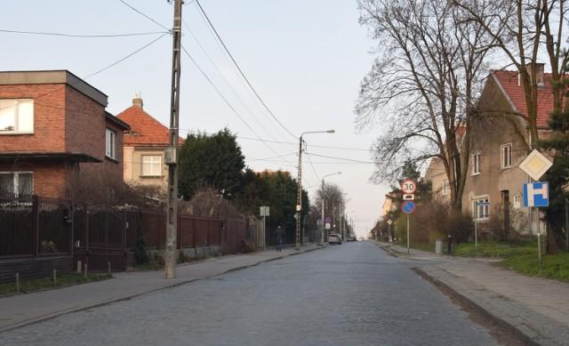 Hoża, Żwirki i Wigury oraz Racławicka. Remont tych dróg osiedlowych ma zacząć się jeszcze w tym roku