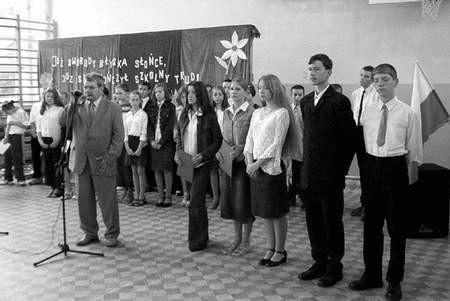 Najlepszym uczniowie otrzymali pierwszą ratę specjalnego stypendium naukowego. Foto: ROBERT KNYSAK