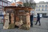 Stajenka Betlejemska 2020 na Rynku w Kościerzynie. Niezwykłe rzeźby i głęboka symbolika [ZDJĘCIA]